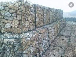 تحقیق، جلوه هایی از کاربرد سنگ در معماری، در قالب ورد،42 صفحه